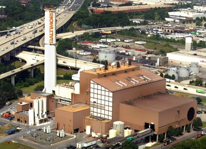 Aerial photo of Wheelabrator waste-to-energy incinerator on Russell Street in South Baltimore.