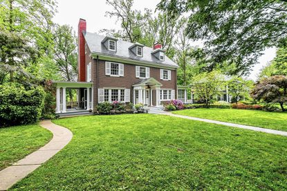 Desirable spaces: Colonial cedar shake home in Roland Park