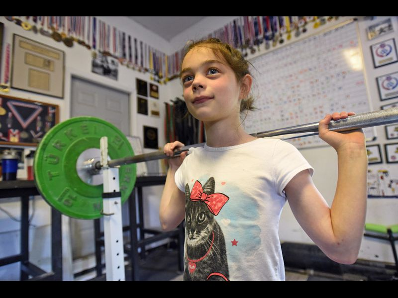Eight-year-old Parkton powerlifter Kensie Maizels shatters