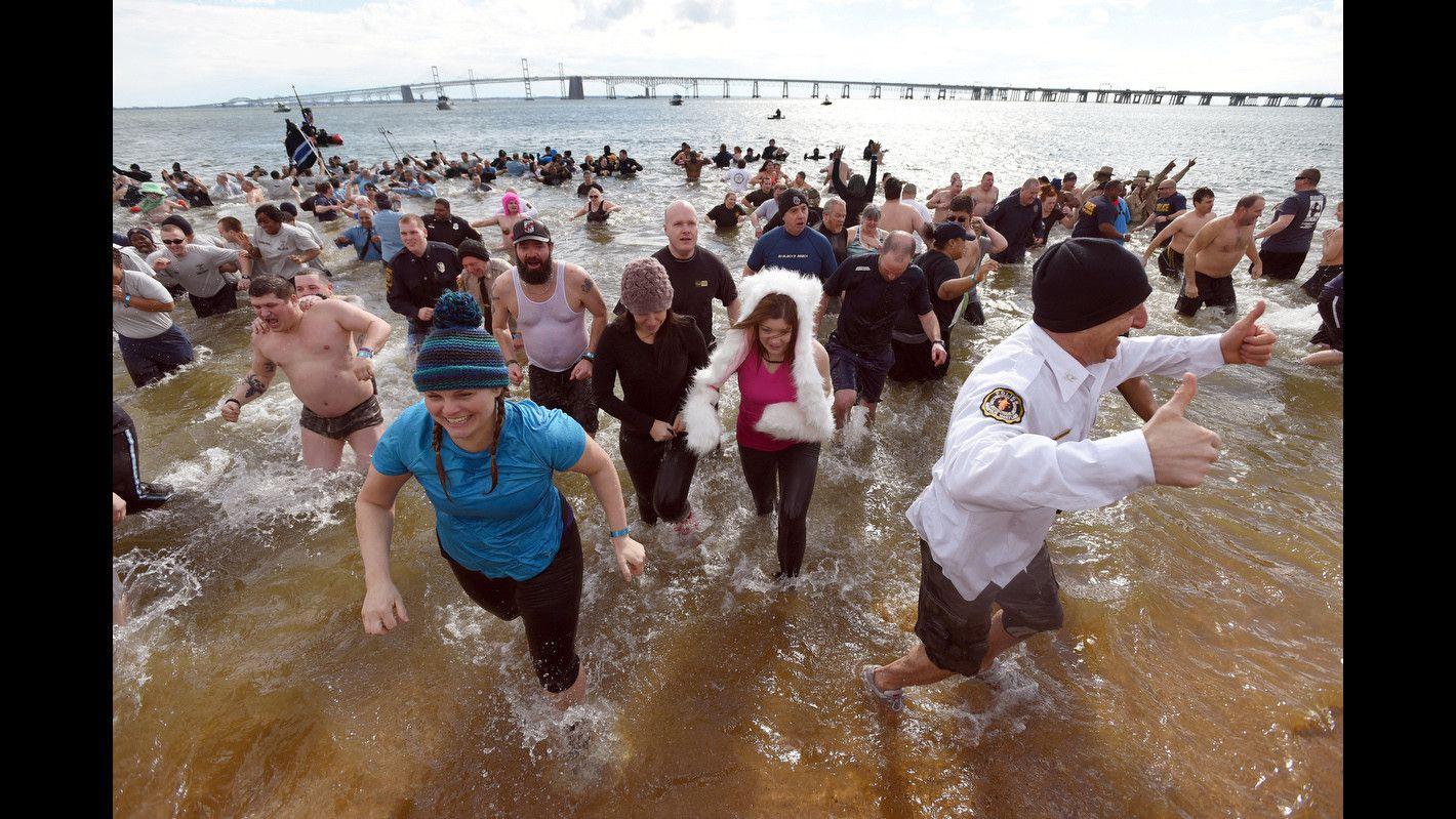 Yeates Flower Mens Swim Trunks Quick Dry Jasmine Branch Pattern Printed Summer Beach Shorts Board Beach Short