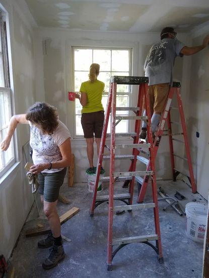 A dozen Carroll County residents traveled to Jacksonville, Florida, in late September for a week filled with hard work as they labored to rebuild three homes for families in need.