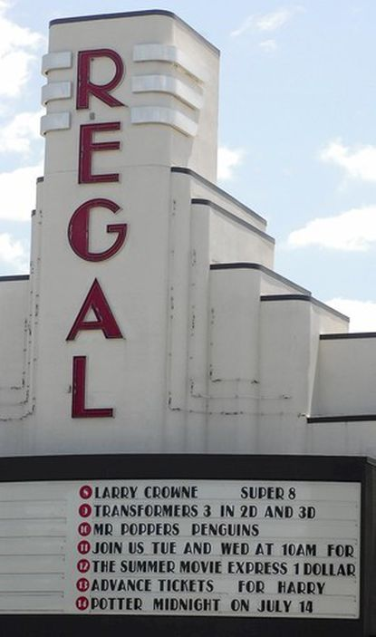 """The Regal Cinimas in Abingdon where a man allegedly pulled the fire alarm Monday night after a dispute with management over the showing of """"The Avengers."""""""