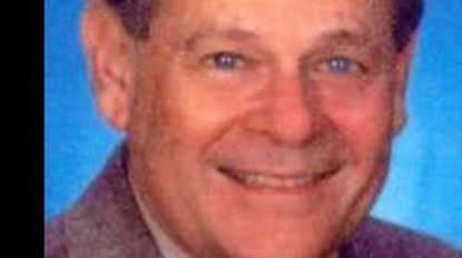 Stanley Janofsky, who sold real estate, dies