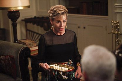 "Baltimore native Bess Armstrong played a psychologist/LSD party host on last night's ""Mad Men."""