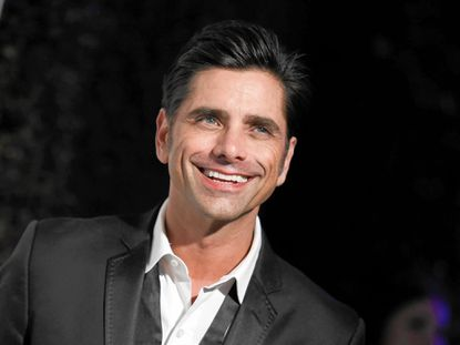Why John Stamos dropped the weights to get lean for 'Grandfathered'