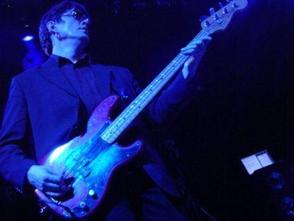 Psychedelic Furs' Tim Butler in concert