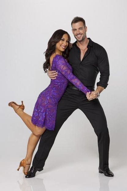 William Levy and Cheryl Burke earned a rare 10 Monday evening.