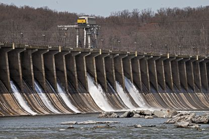 A new 50-year license for the Conowingo Dam got key federal approval recently, but environmental groups say the agreement is a missed opportunity to compel Exelon, which runs the dam, to do more to stop pollutants flowing down the Susquehanna River and into the Chesapeake Bay. (Kenneth K. Lam/Baltimore Sun).