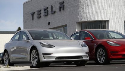 Tesla should be able to sustain producing 2,000 Model 3 sedans a week, CEO Elon Musk said a week ago.