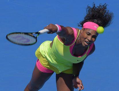 Serena Williams, Novak Djokovic advance at Australian Open