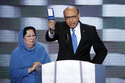 Gold Star father Khizr Khan knocks White House chief of staff on military condolence controversy