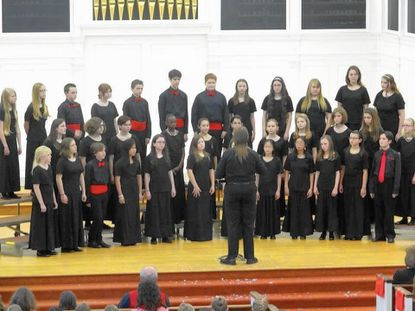 Children's Chorus presents holiday music of the world