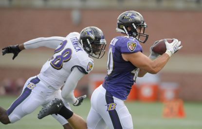 Fullback Kyle Juszczyk could be a pass-catching threat in Gary Kubiak's offense.
