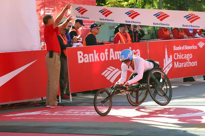 Paralympian Tatyana McFadden wins seventh straight Chicago Marathon in record time