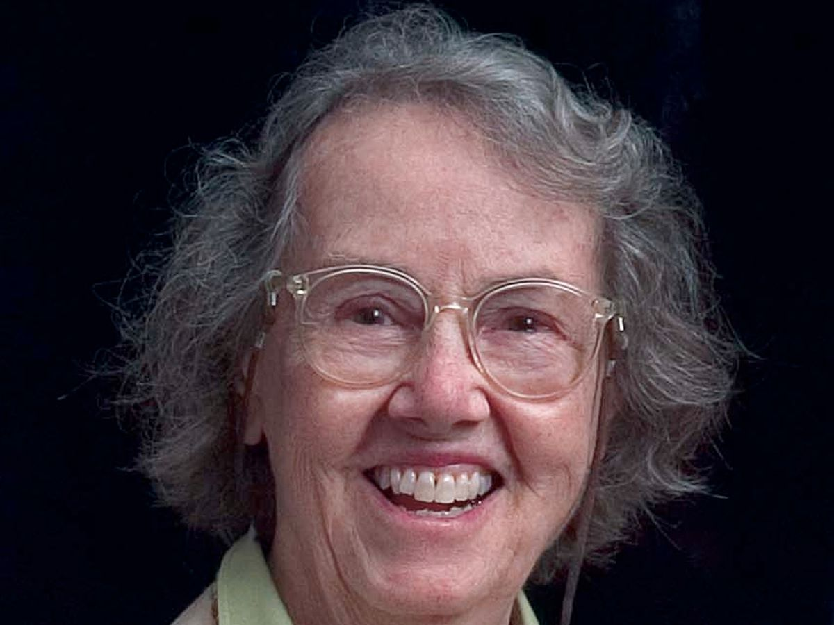 Dr. Edyth H. Schoenrich, a Johns Hopkins Bloomberg School of Public Health faculty member for more than 50 years, dies