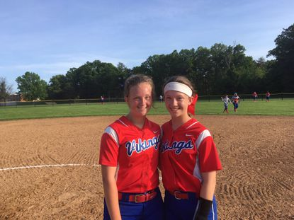 Lansdowne softball rides big inning to playoff win over Franklin as sisters shine