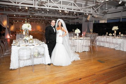 Eric Gullett and Julie Russell had a festive New Year's Eve wedding with lots of confetti.