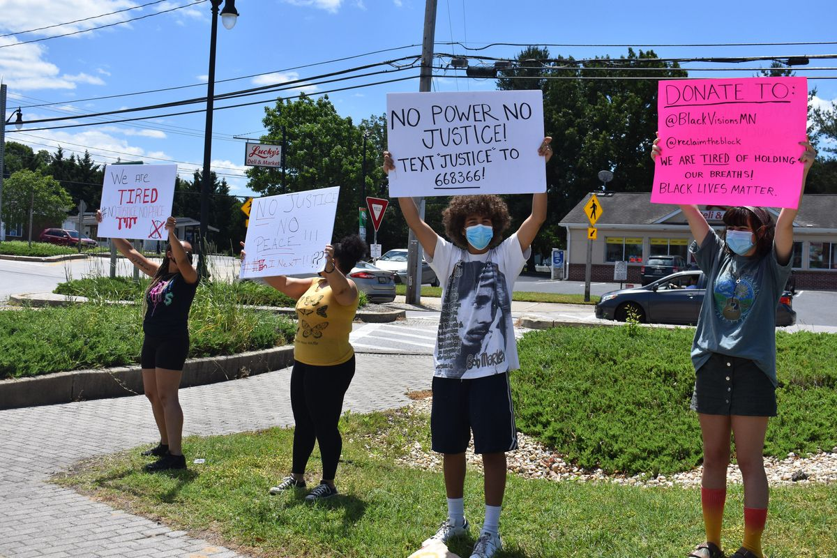 Anne Arundel County students show support for nationwide protests of George Floyd's death