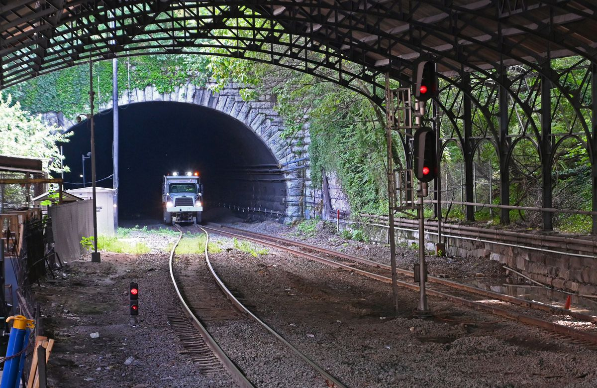 Shrouded In Darkness Baltimores Howard Street Tunnel Is A