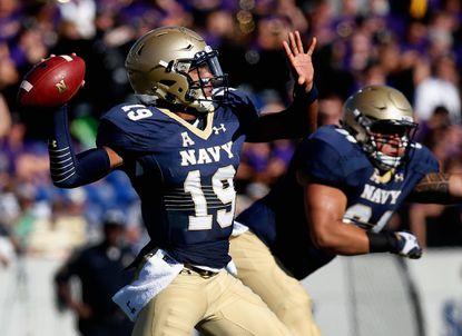 Navy quarterback Keenan Reynolds named AAC Offensive Player of the Week