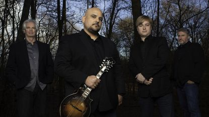 Frank Solivan & Dirty Kitchen to bring eclectic style, good vibes to special recorded concert