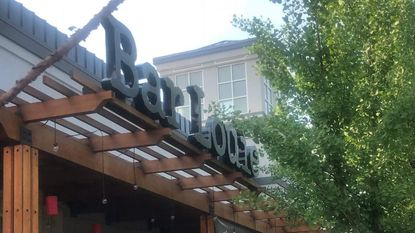 Bar Louie to open in White Marsh at end of month