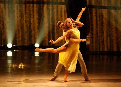 """Top 14 contestants Casey Askew and Jessica Richens perform a Contemporary routine to """"Like Real People Do,"""" choreographed by Travis Wall."""