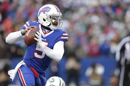 Tyrod Taylor of the Buffalo Bills runs the ball against the New York Jets during the first half at Ralph Wilson Stadium on Jan. 3, 2016 in Orchard Park, N.Y.