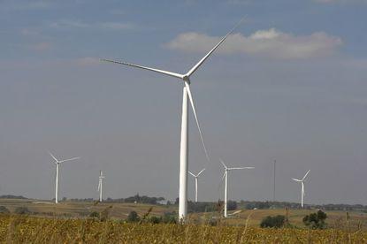 Wind turbines near Des Moines, Iowa, 2008
