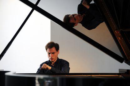 Pianist Boris Giltburg