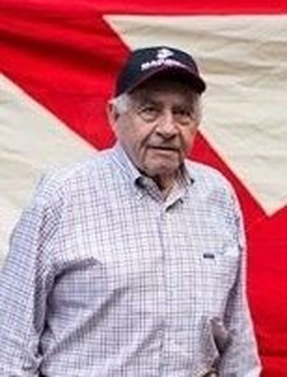 Melvin Kabik was enduringly proud of his service as a Marine.
