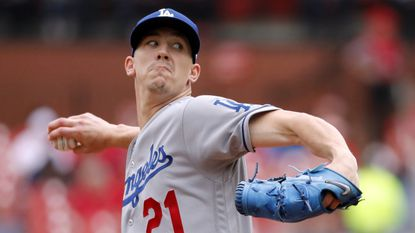 Sloppy Dodgers waste three homers, lose fourth in a row to Cardinals