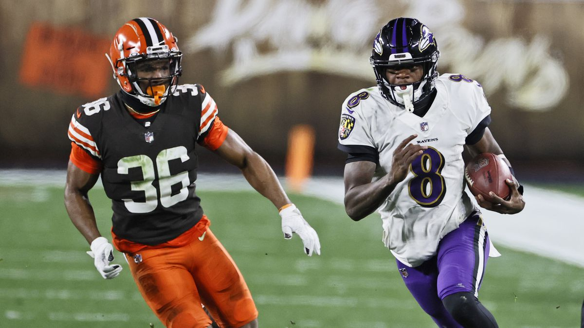 Image of article 'What they're saying: football analysts' thoughts about Ravens' 47-42 victory over the Browns on Monday night'