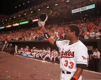 This week in Baltimore sports history: Triumphant return for Orioles' Eddie Murray