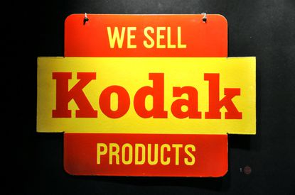 Kodak plans to make ingredients for generic drugs, aided by a $765 million U.S. government loan, the first fruits of a Trump Administration program aimed at bolstering American drug-making capabilities in the age of COVID-19.