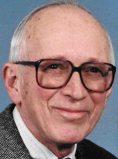 William S. Warner, a stockbroker and World War II pilot, died June 7.
