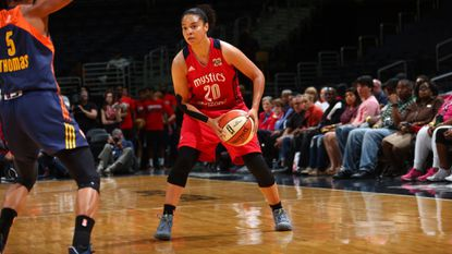 In her first year with the Mystics, guard Kristi Toliver is scoring in double figures to help Washington to a 9-5 record.
