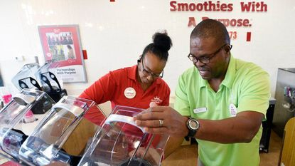 For Air Force veteran, Eldersburg Smoothie King business another chance to lead, inspire others