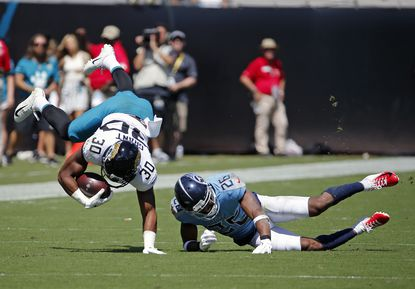 Jaguars stumble against Titans as offense sputters in 9-6 loss