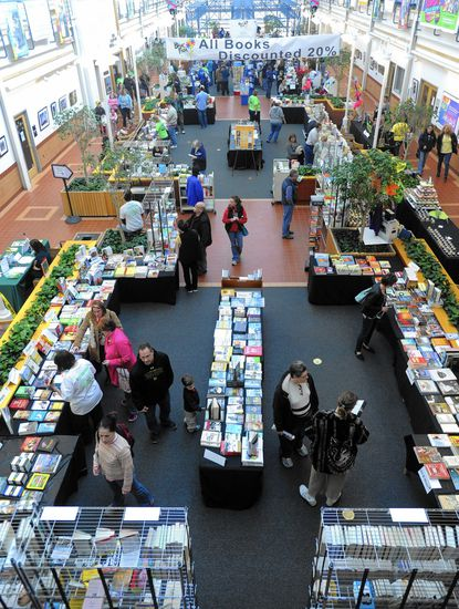 College works to inspire love of reading with book fair