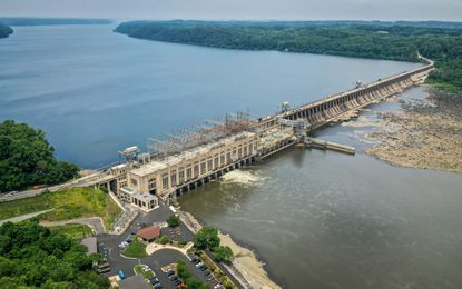 Conowingo Dam, located along the Susquehanna River near where it empties into the Chesapeake Bay, is the focus of a lawsuit by environmentalists who say large amounts of pollution are trapped behind the dam. (Jerry Jackson/Baltimore Sun).