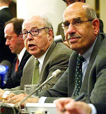 Chief weapons inspectors Hans Blix (left) and Mohamed ElBaradei hold a news conference at United Nations headquarters in Baghdad after meeting with Iraqi officials for two days.