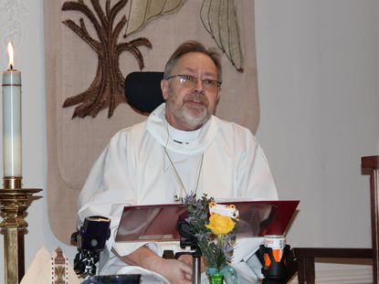 On Sunday, Jan. 12, 2020, Chaplain Jimmie Schwartz led his last worship service at Carroll Lutheran Village, where he served as full-time chaplain for 27 years.
