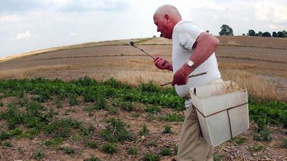 """William Miles """"Bill"""" Hanna Jr. is shown harvesting asparagus on his Whiteford farm circa 2005-06. Mr. Hanna, who died March 10, was a great friend to his native Harford County and to The Aegis."""