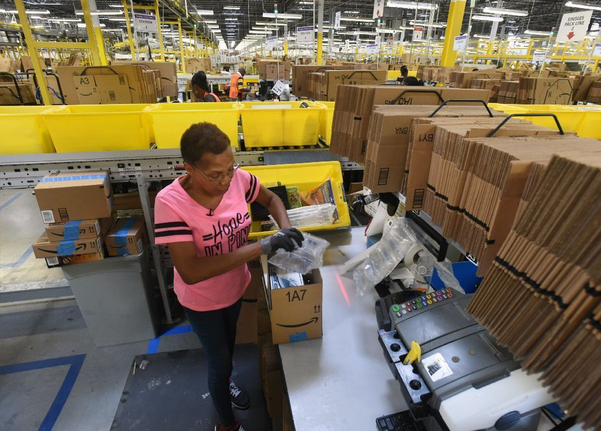 Cyber Monday at Amazon: Pick, pack and ship - Baltimore Sun