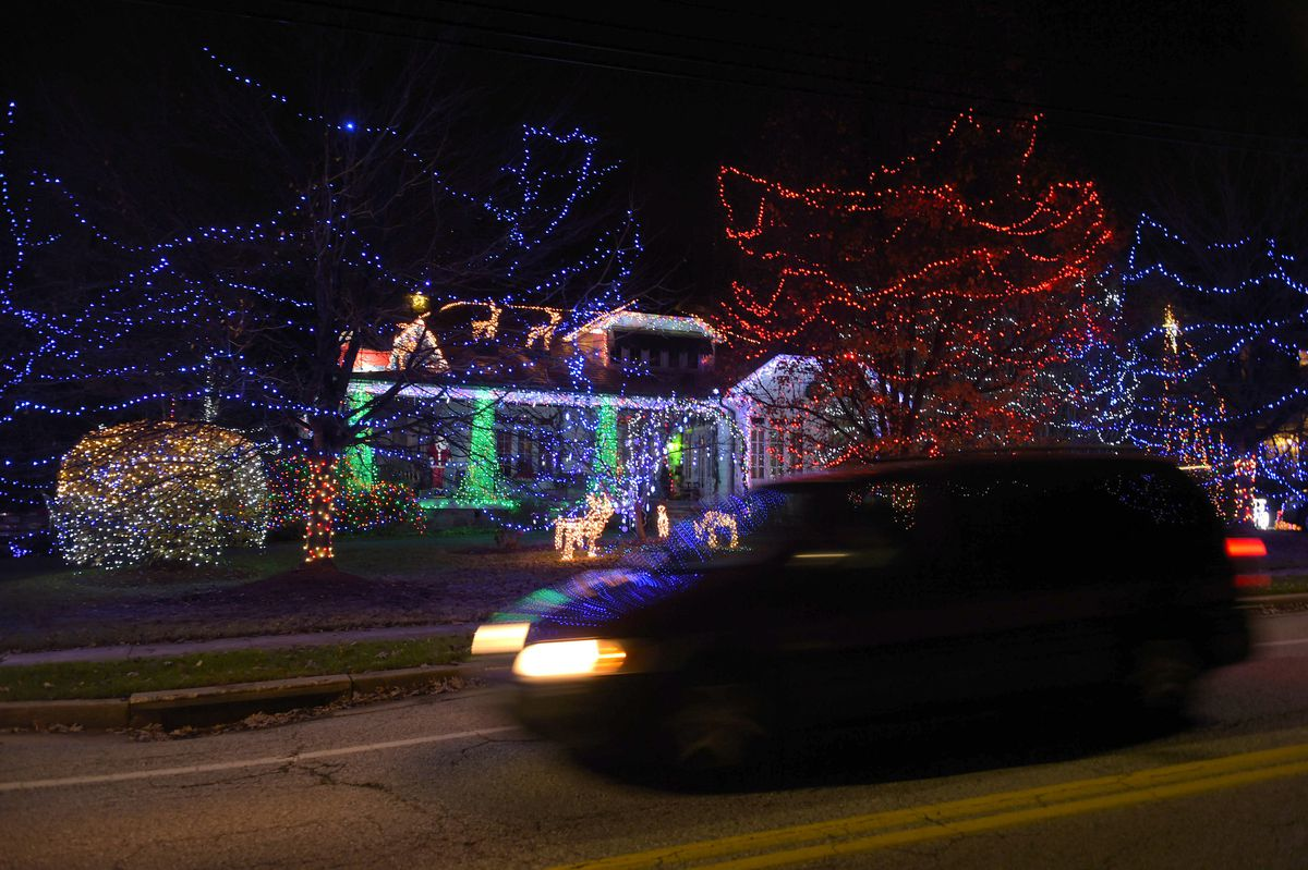 New owners of a Baltimore Christmas house: Could you please leave the lights on? | COMMENTARY