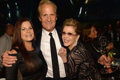 Emmys 2013: 'Modern Family' cast celebrates at the HBO party