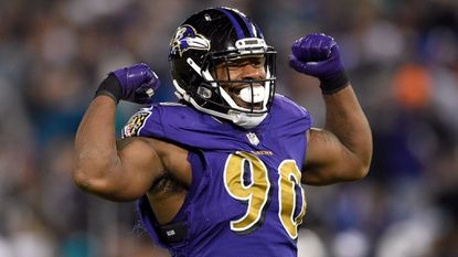 Ravens notebook: Za'Darius Smith doubtful; offensive line allows only 2 sacks in 2 games