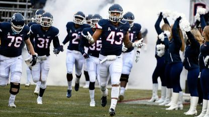 UConn football heads toward independence; 11 enough for AAC