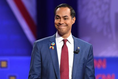 Democratic presidential hopeful former Secretary of Housing and Urban Development Julian Castro said on Monday that he will end his campaign if he can't raise $800,000 before the end of the month.